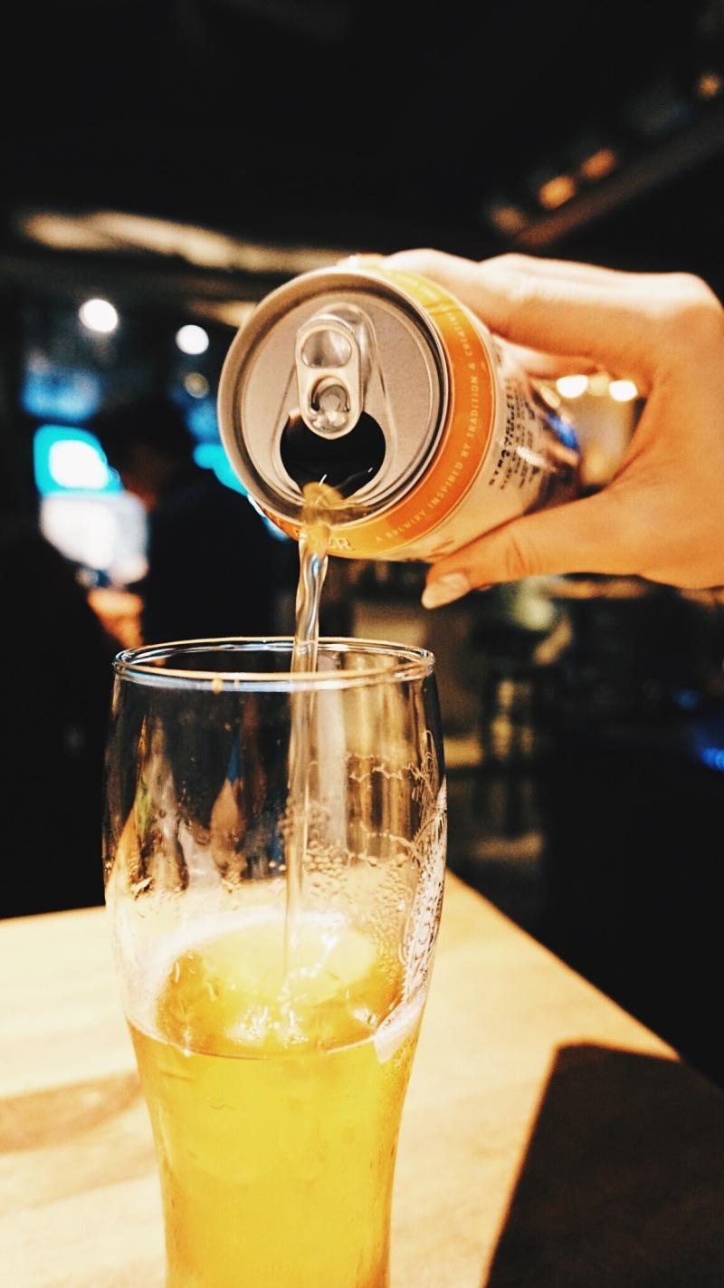 「未成年請勿飲酒」